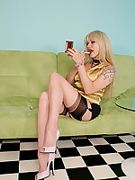 Alina Heels - Sexy Lady in Bi Colour Fully Fashioned Stockings